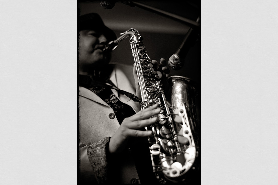Baltimore-weddings-photographer-sax