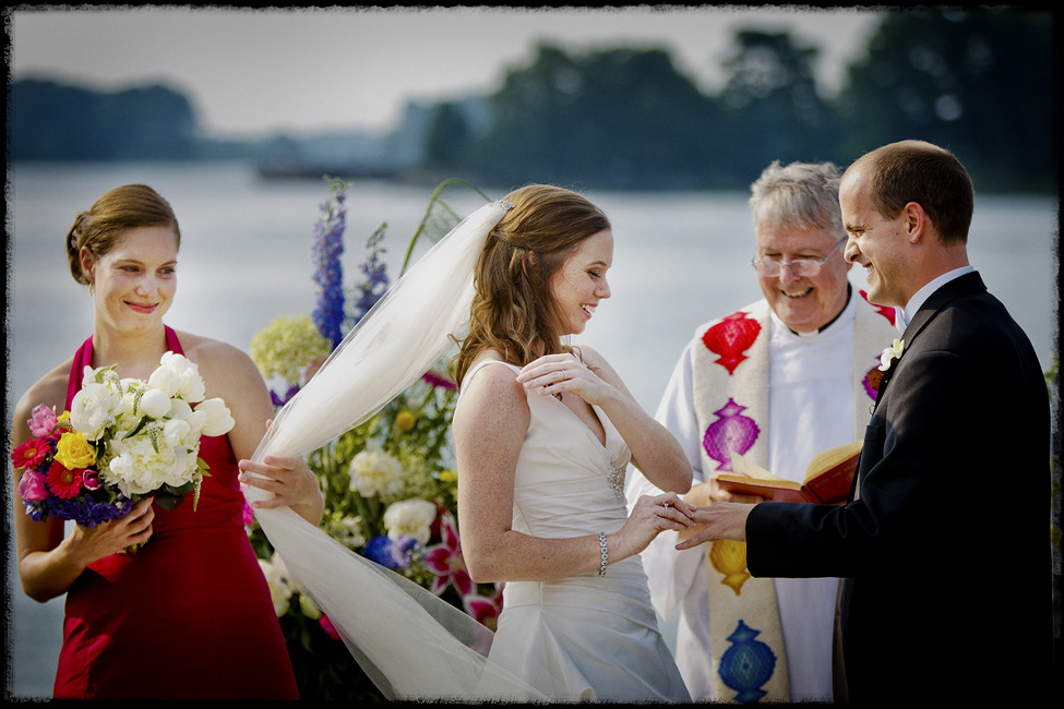 Cavalier-Yacht-club-weddings-veil