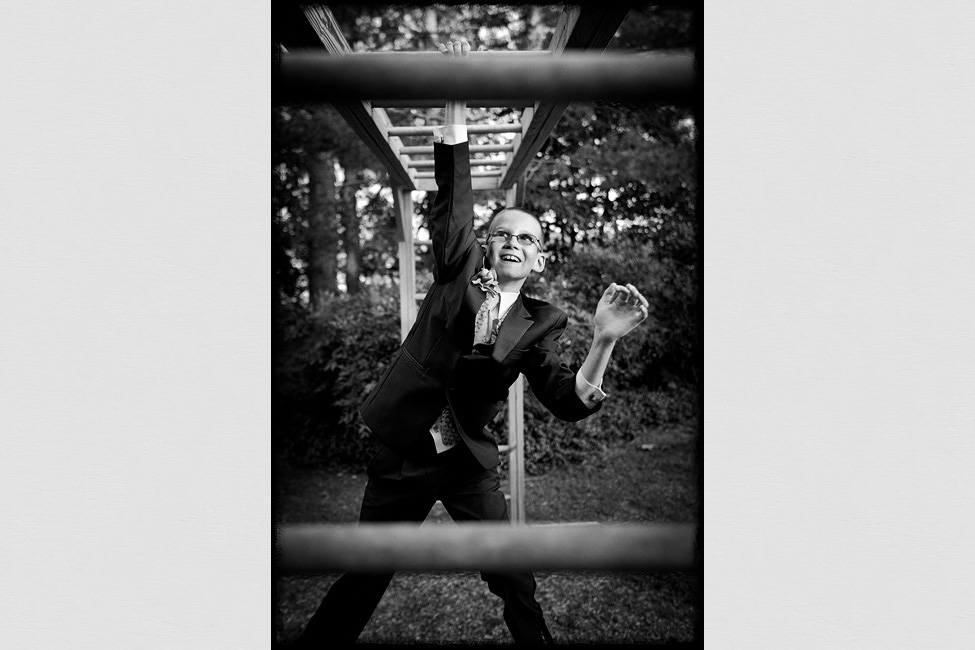 Lynchburg-weddings-photographer-monkey-bars