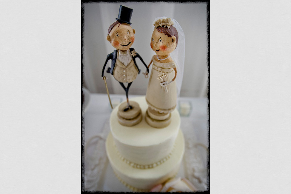 Veritas-weddings-cake