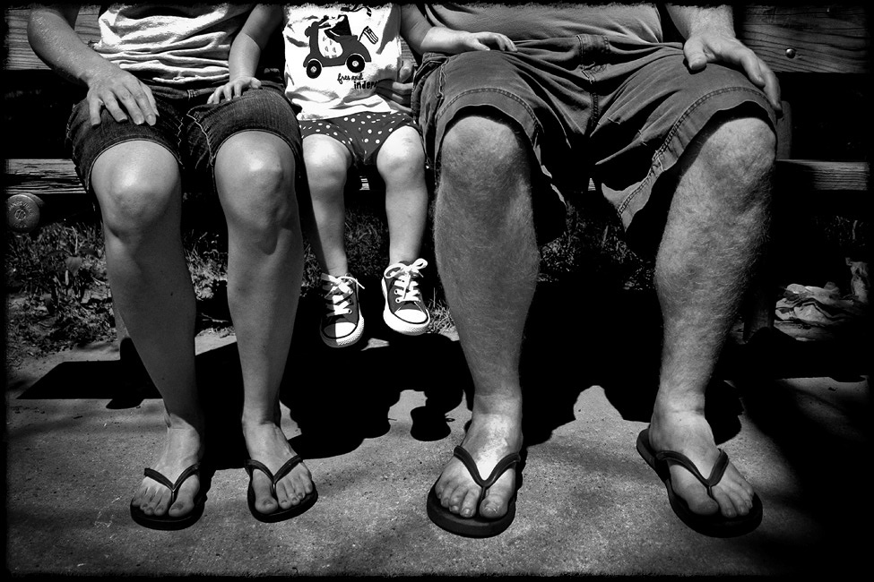 Charlottesville-family-photographer-bench